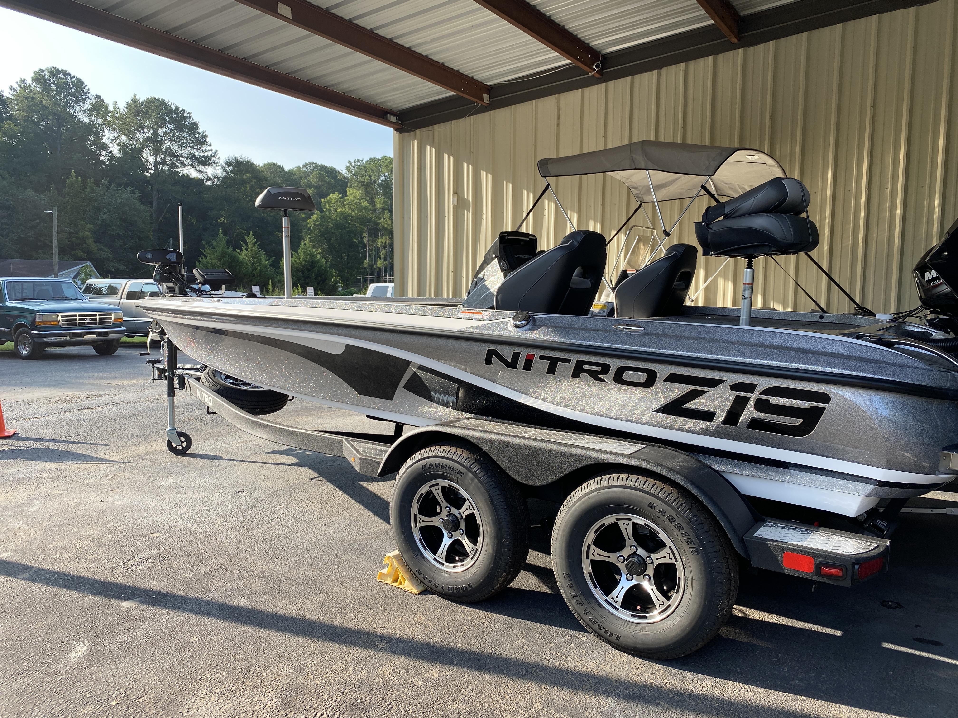 2021 Nitro boat for sale, model of the boat is Z19 w/200L PXS4 & Image # 23 of 50