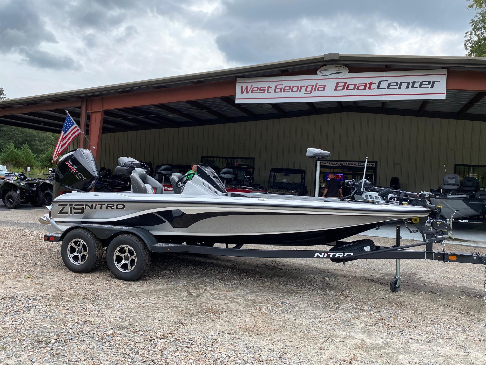 2021 Nitro boat for sale, model of the boat is Z19 w/200L PXS4 & Image # 1 of 50