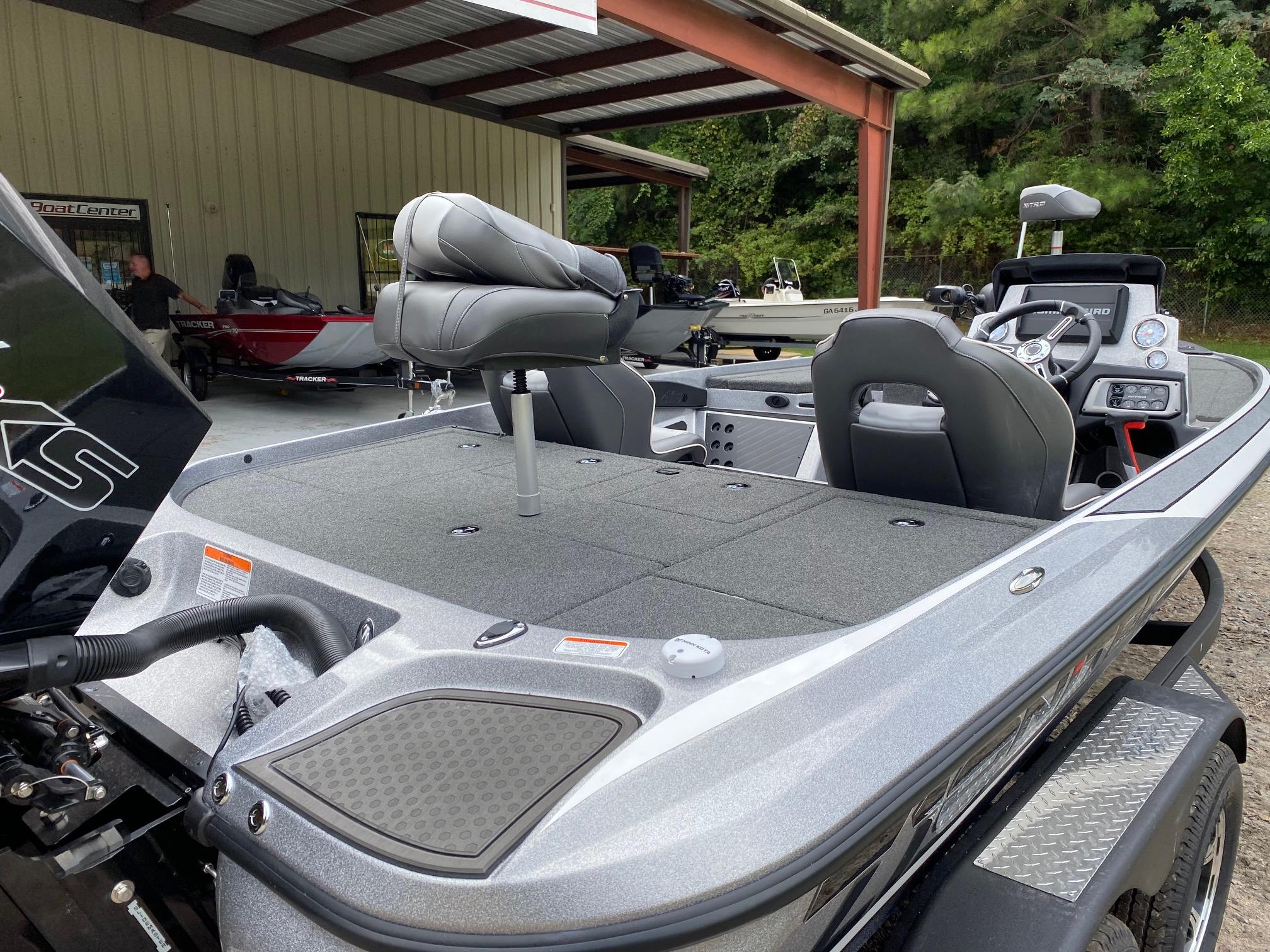 2021 Nitro boat for sale, model of the boat is Z19 w/200L PXS4 & Image # 26 of 50