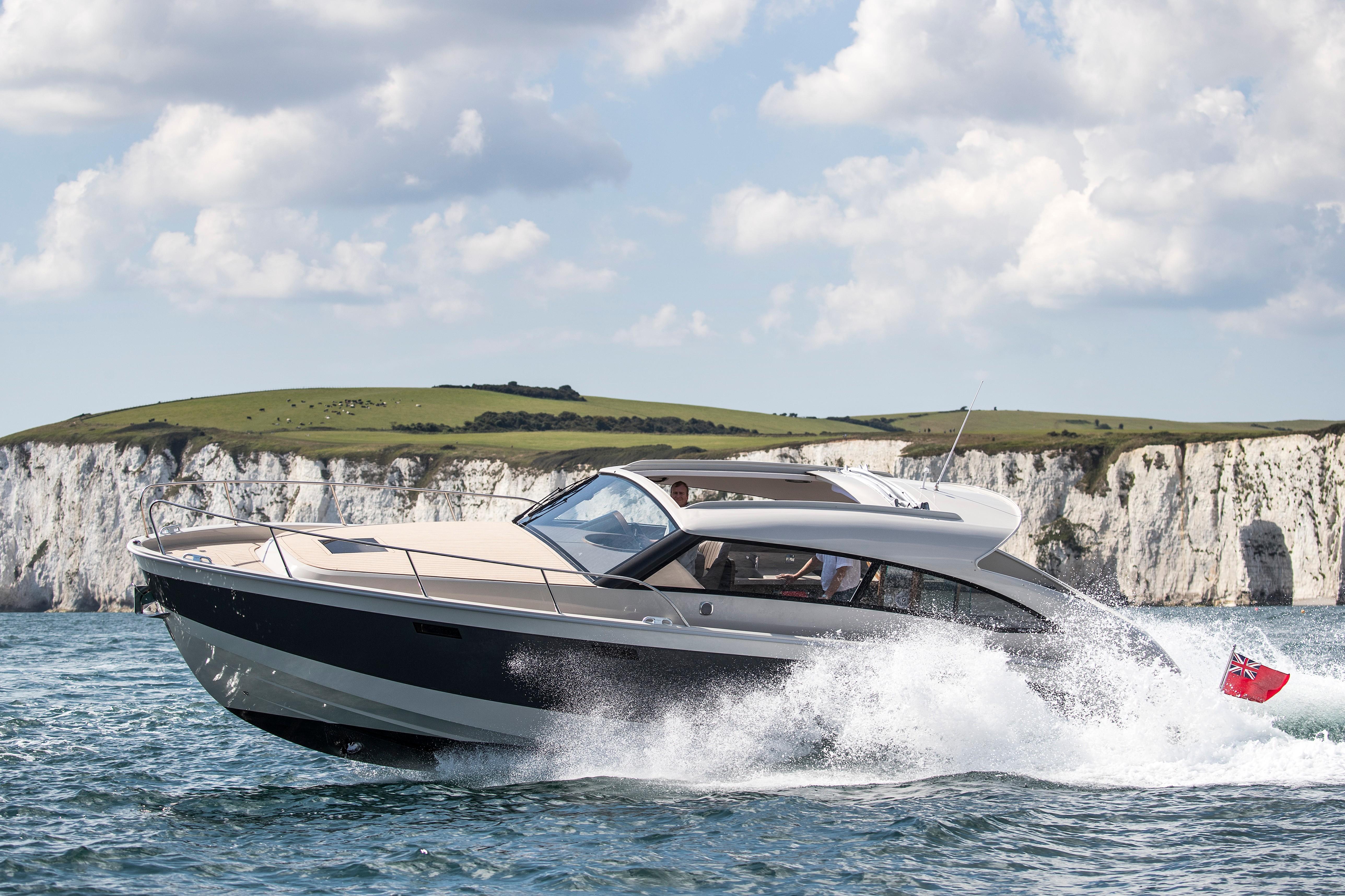 MB Yachts Rene 36