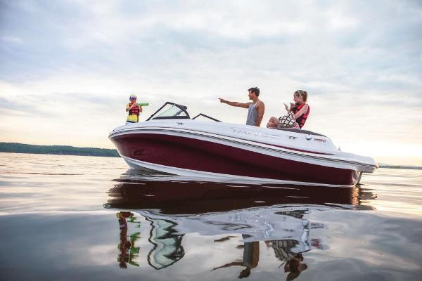 2019 Tahoe boat for sale, model of the boat is 500 TS & Image # 2 of 11