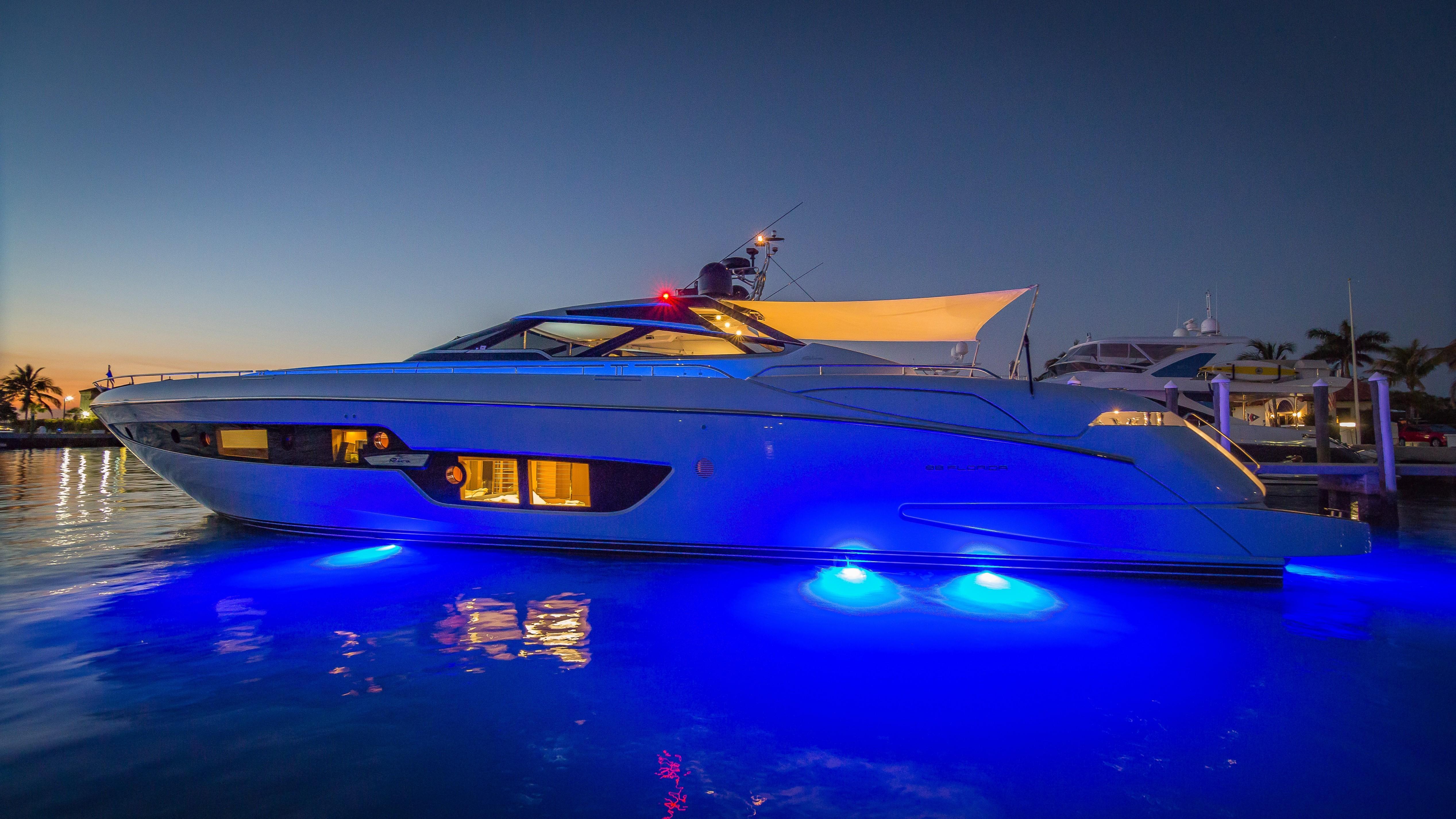 2016 Riva 88 Florida - Underwater Lights