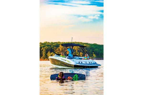 2019 Tahoe boat for sale, model of the boat is 700 & Image # 13 of 70