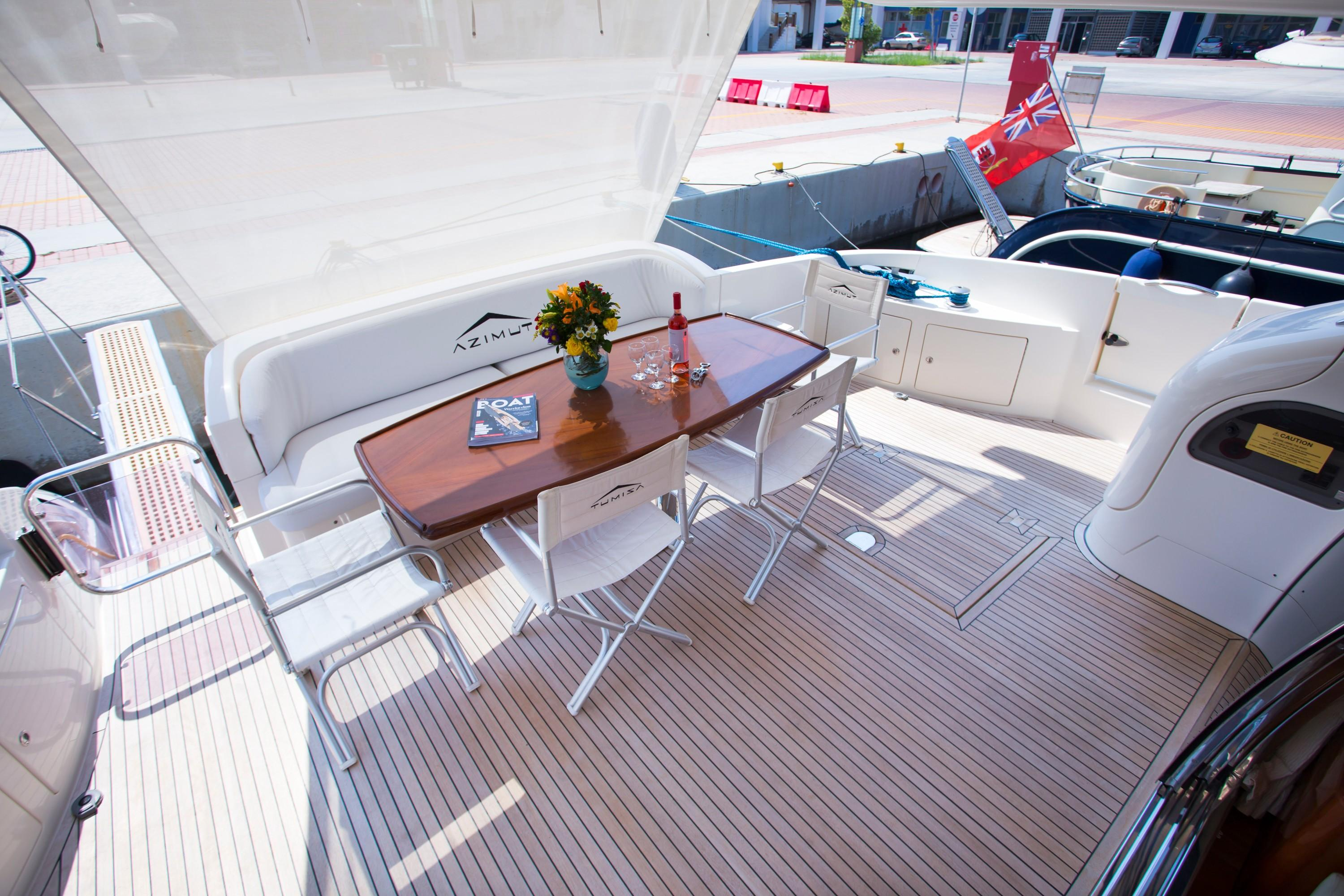 2009 Azuimut 68 Evolution - Aft Deck