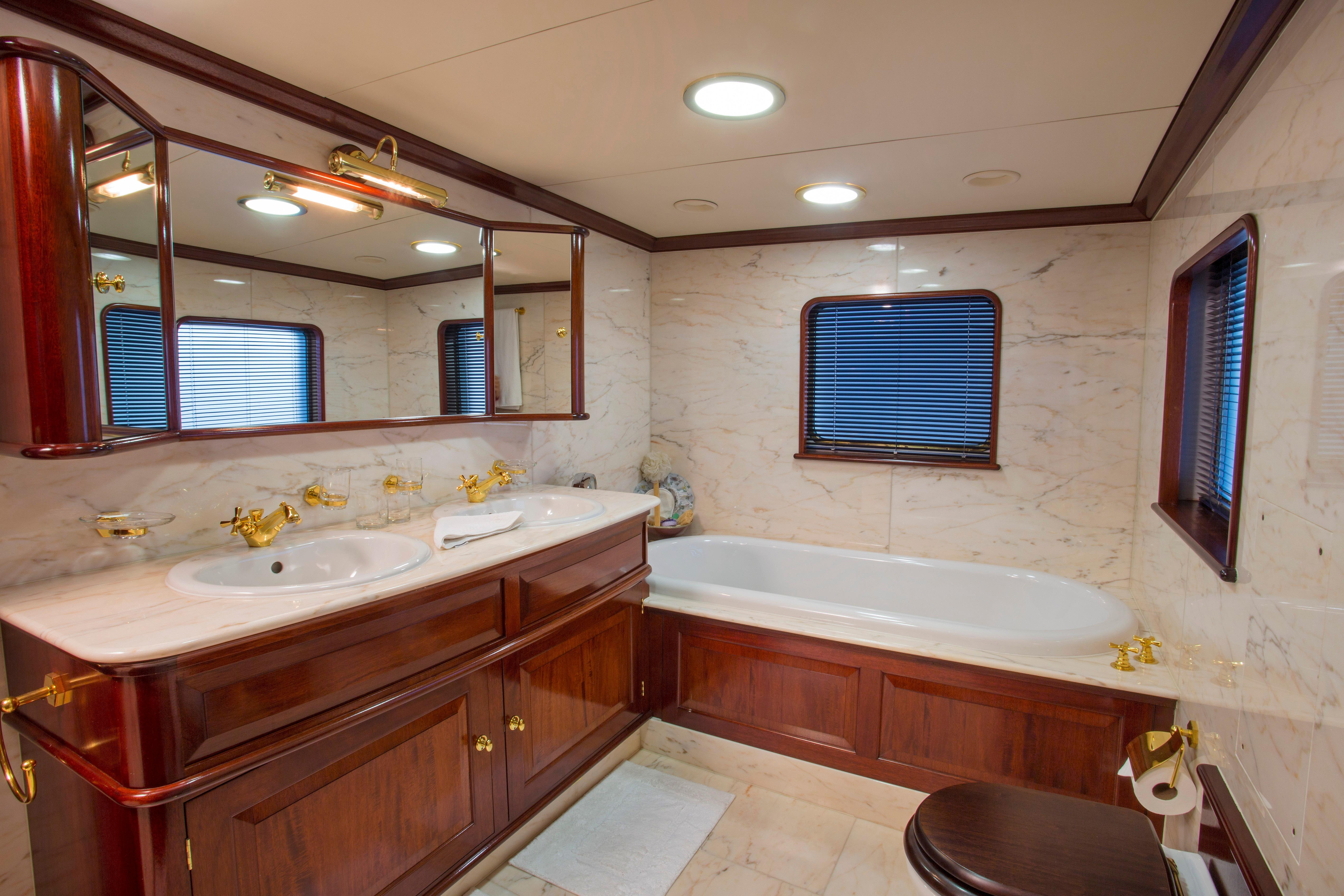 Master Stateroom/Built In Desk & Chair
