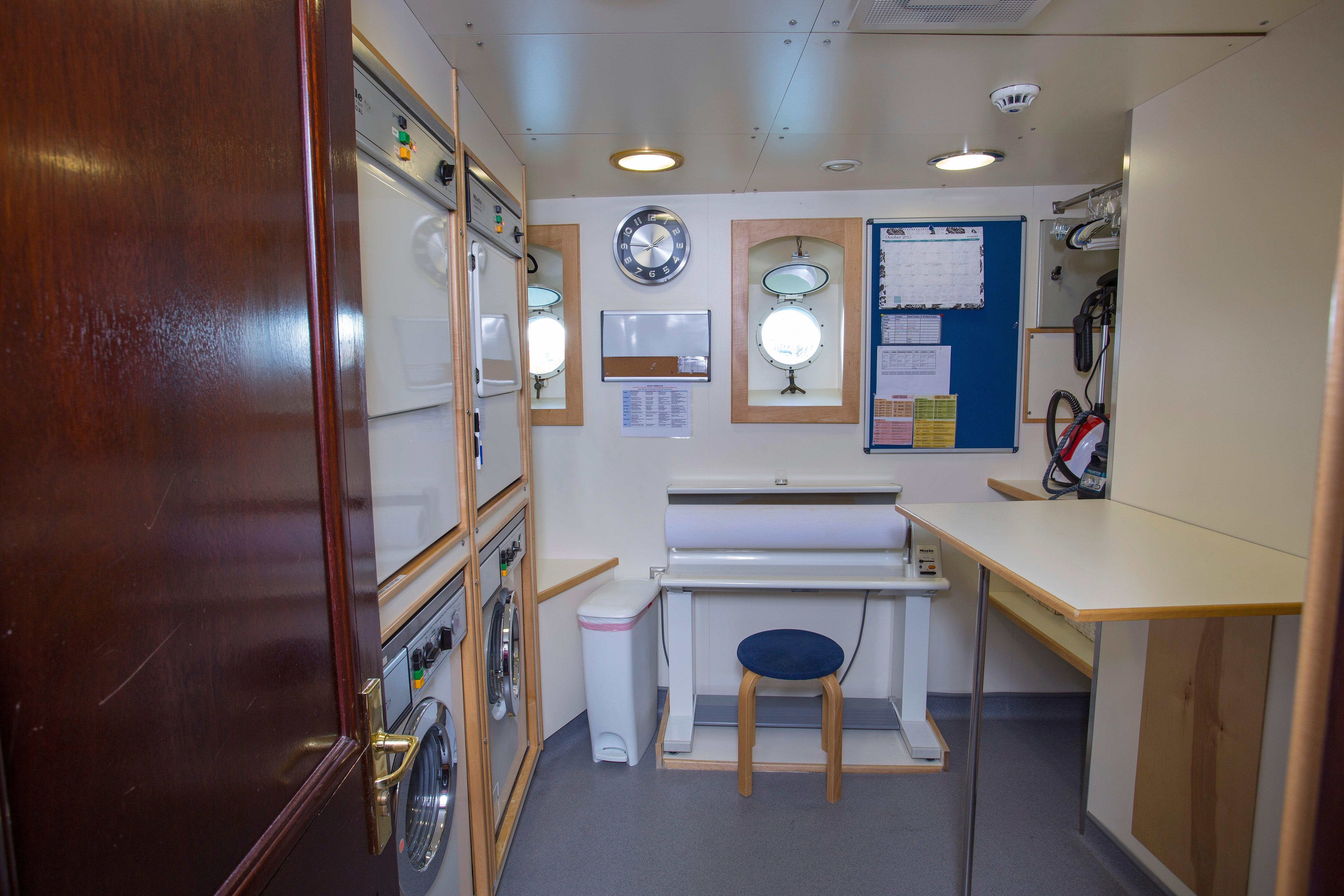 Captain's Cabin With Ensuite Office