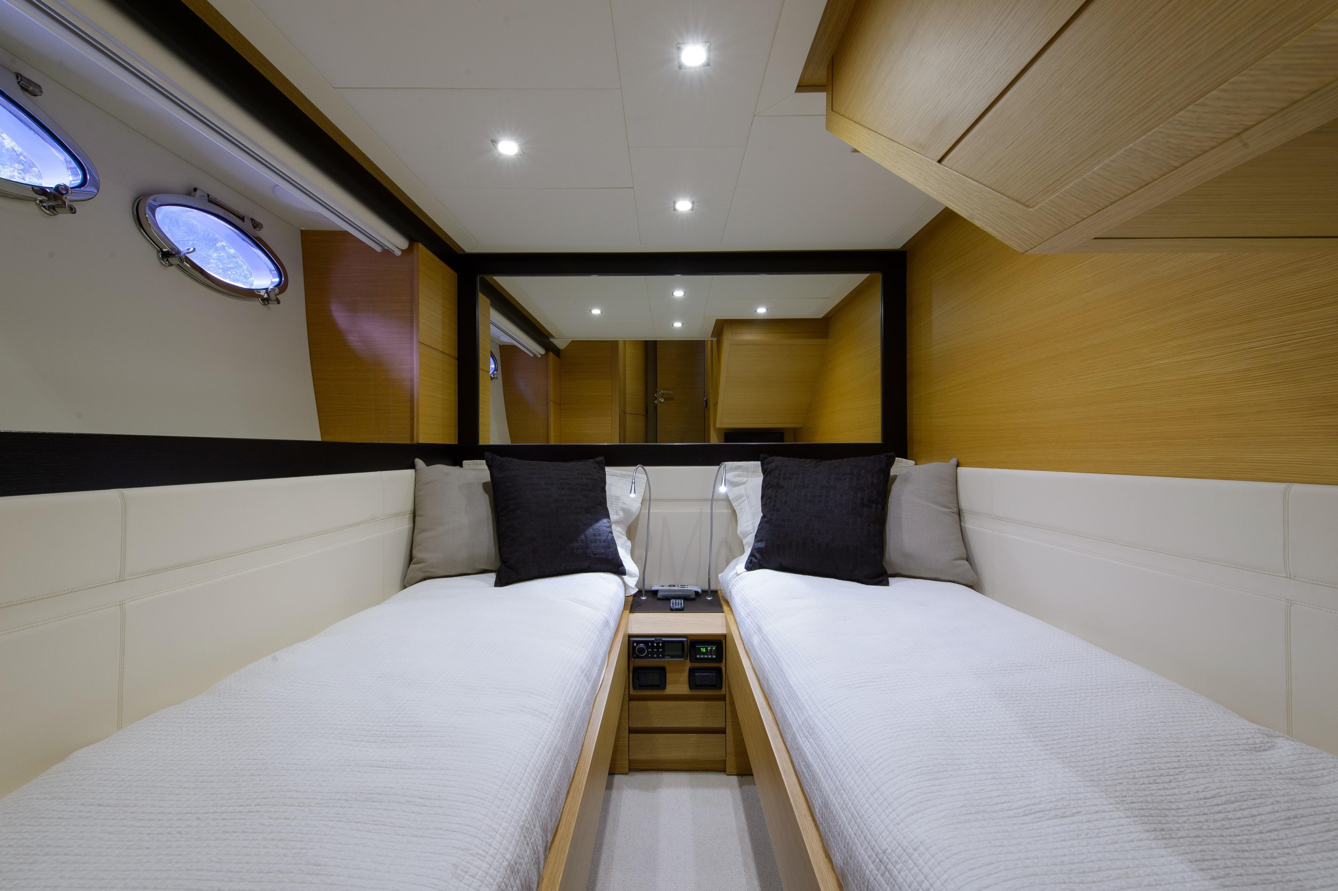 2012 Pershing 64 - Twin Guest
