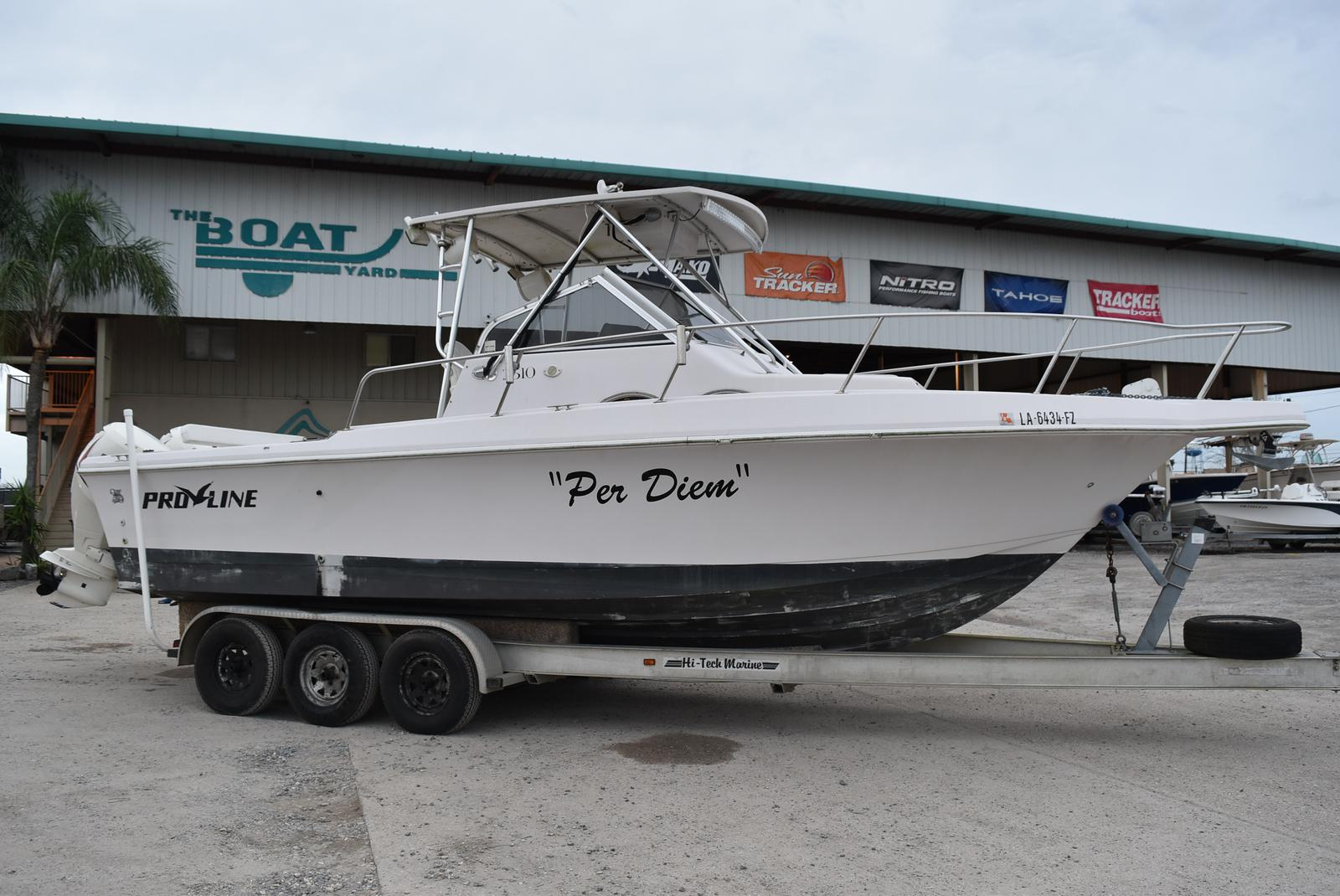 1994 Pro-Line boat for sale, model of the boat is 2510 (HULL ONLY) & Image # 1 of 12