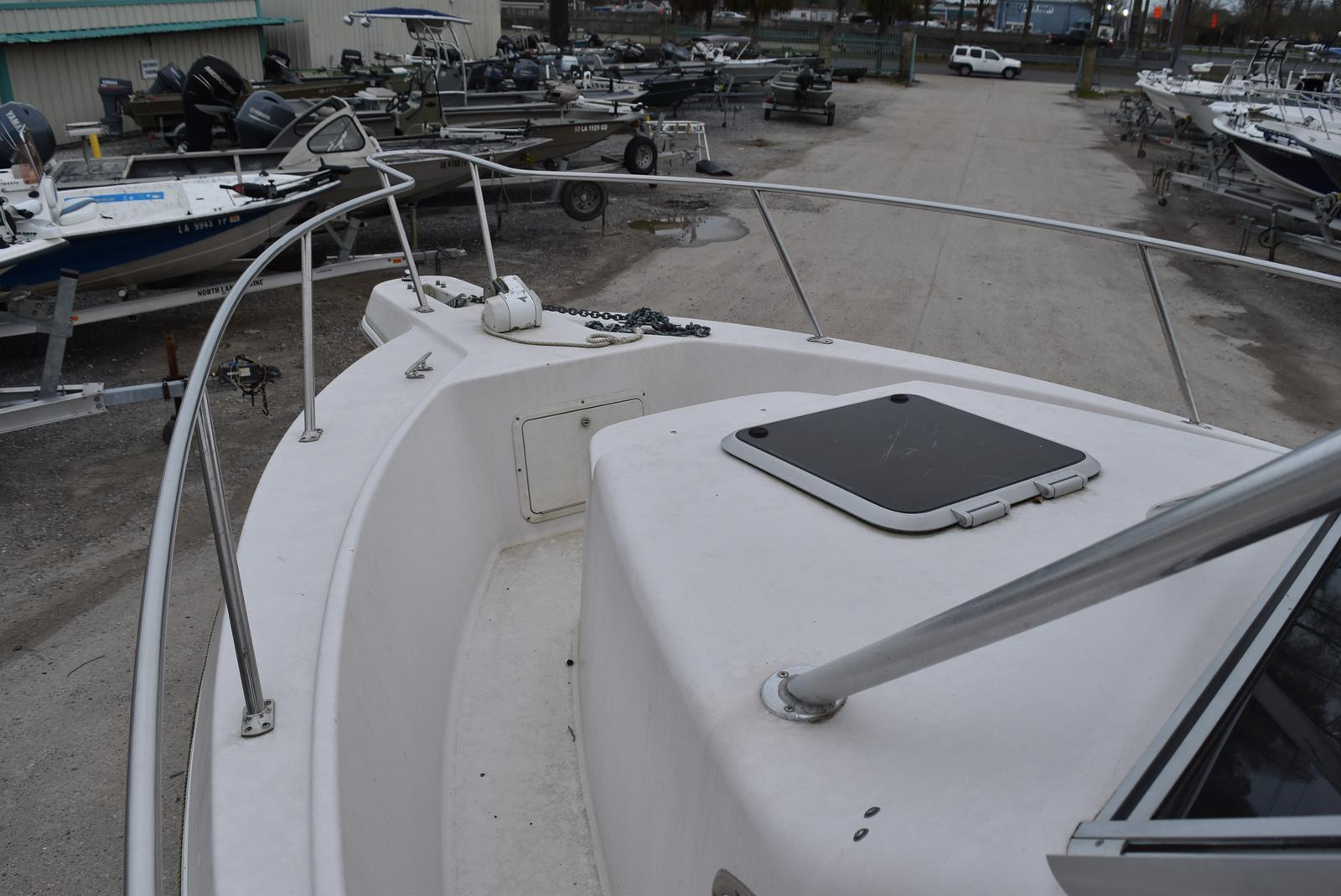 1994 Pro-Line boat for sale, model of the boat is 2510 (HULL ONLY) & Image # 4 of 12