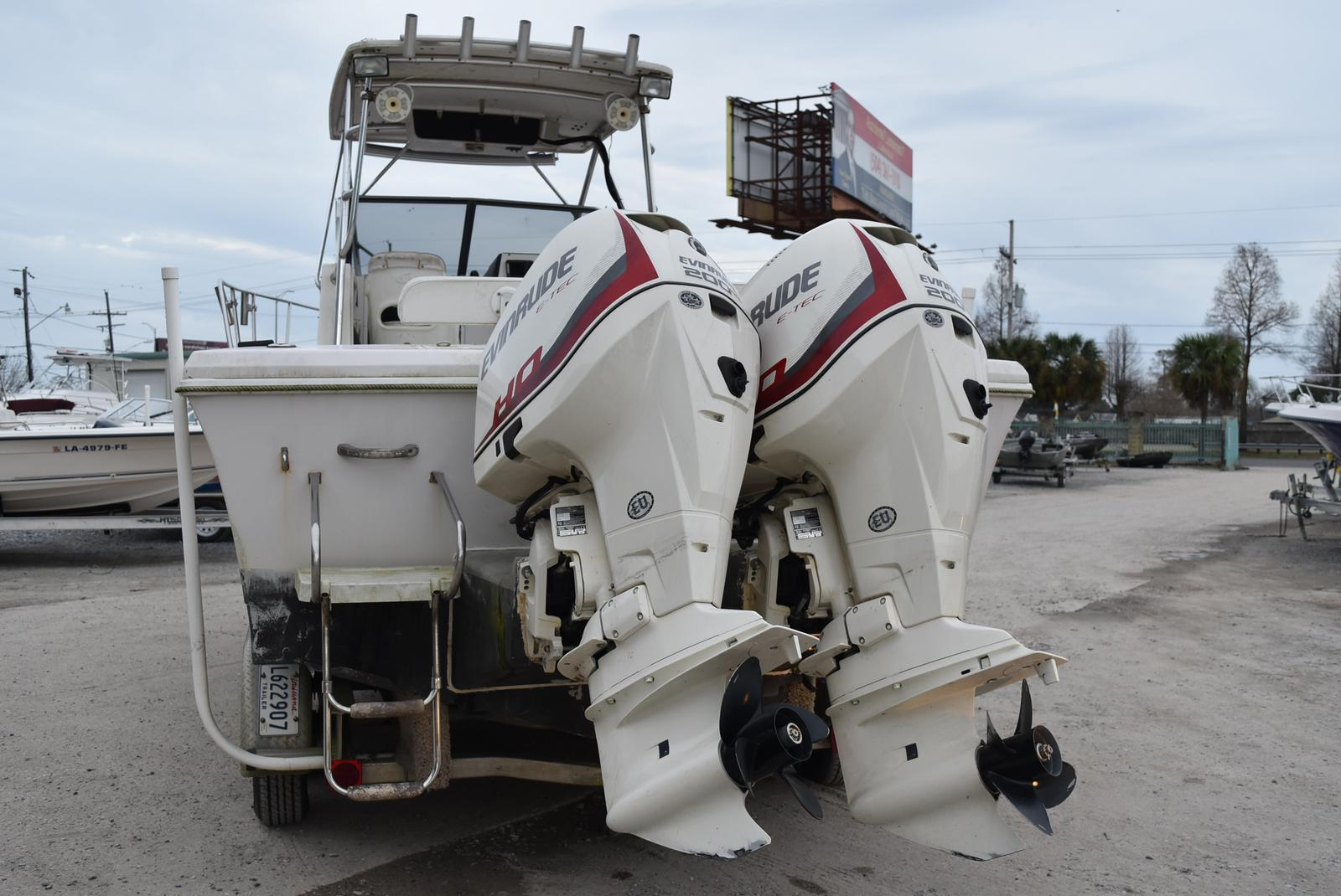 1994 Pro-Line boat for sale, model of the boat is 2510 (HULL ONLY) & Image # 7 of 12