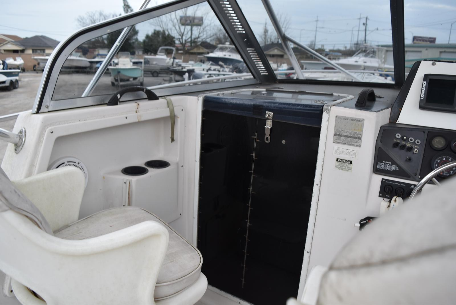 1994 Pro-Line boat for sale, model of the boat is 2510 (HULL ONLY) & Image # 8 of 12