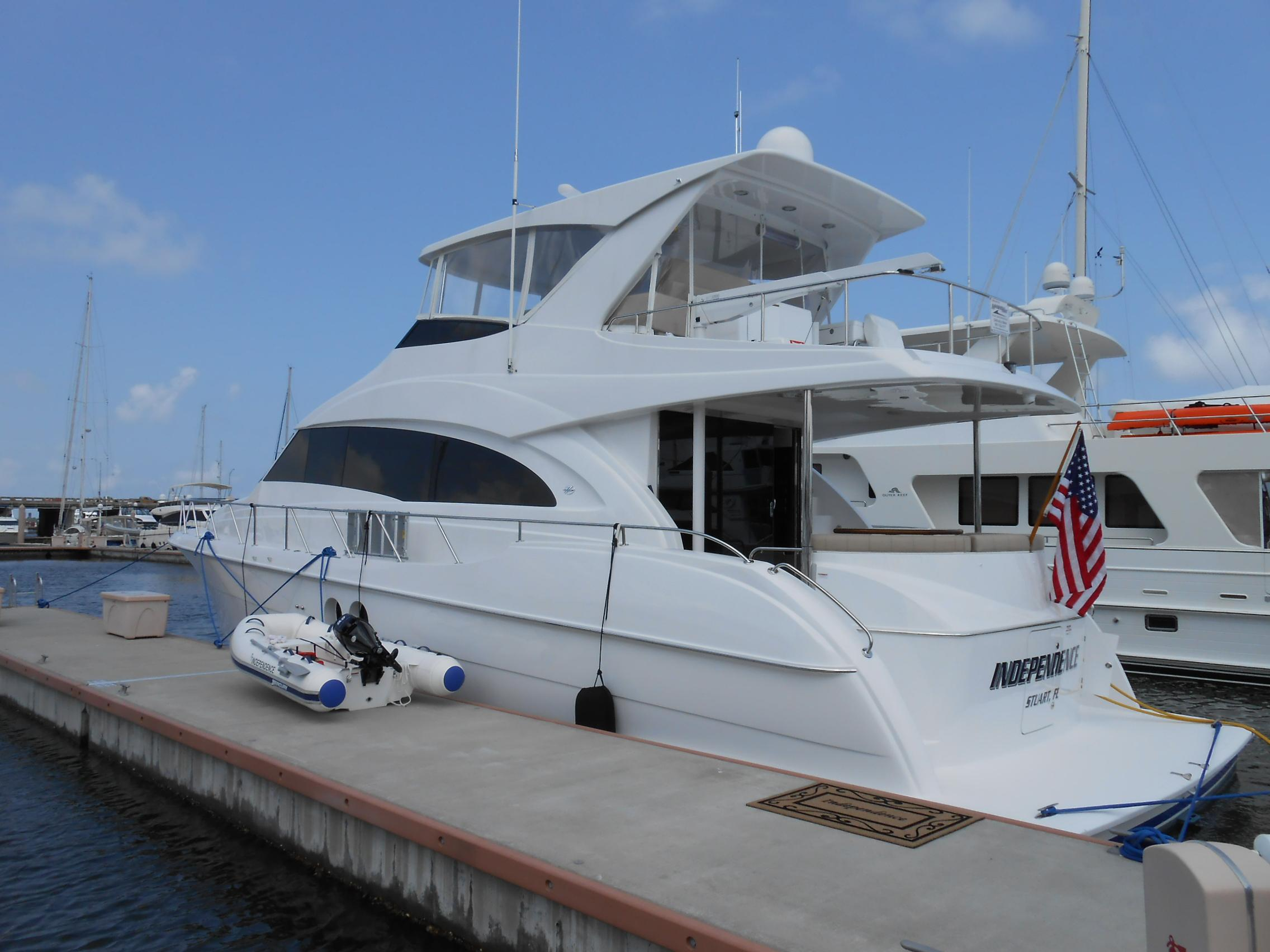 60 hatteras 2011 independence for sale in west palm beach for Palm beach motor yachts for sale
