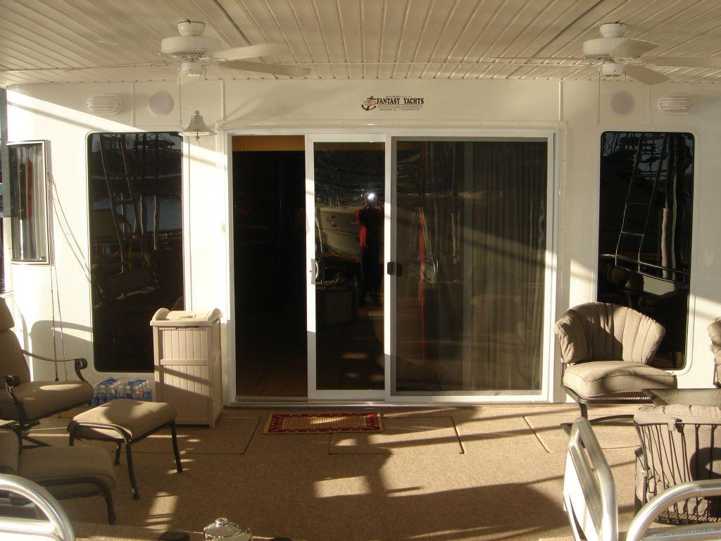 Fantasy 100 Forward Lower Deck / Sliding Glass Entry