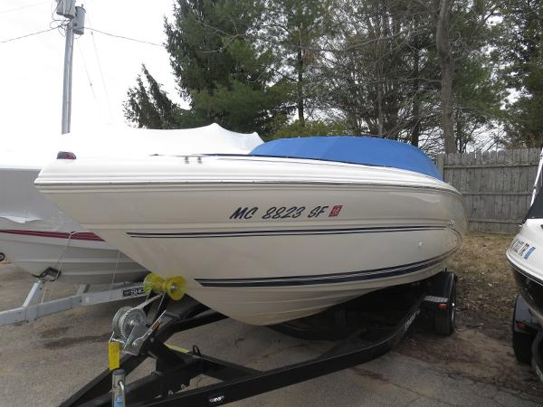 2000 SEA RAY 210 BOW RIDER for sale