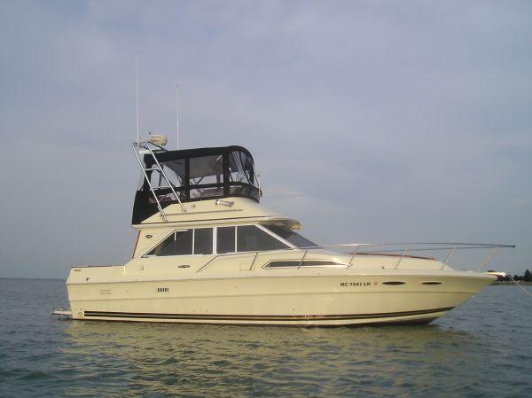 Sea Ray 340 Sedan Bridge Convertible Boats. Listing Number: M-3505719