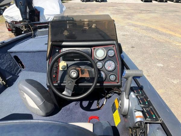 1991 Alumacraft boat for sale, model of the boat is Maverick & Image # 5 of 16