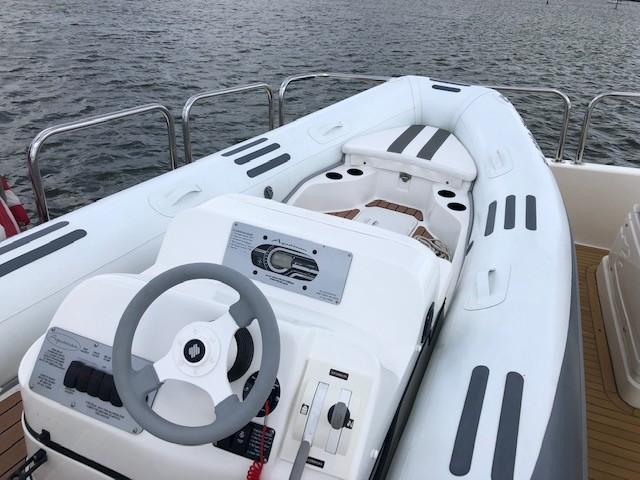 Janus Navem, 870 Ferretti Aquacan Tender