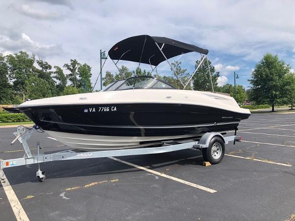 2018 Bayliner boat for sale, model of the boat is VR 5 BR & Image # 1 of 10
