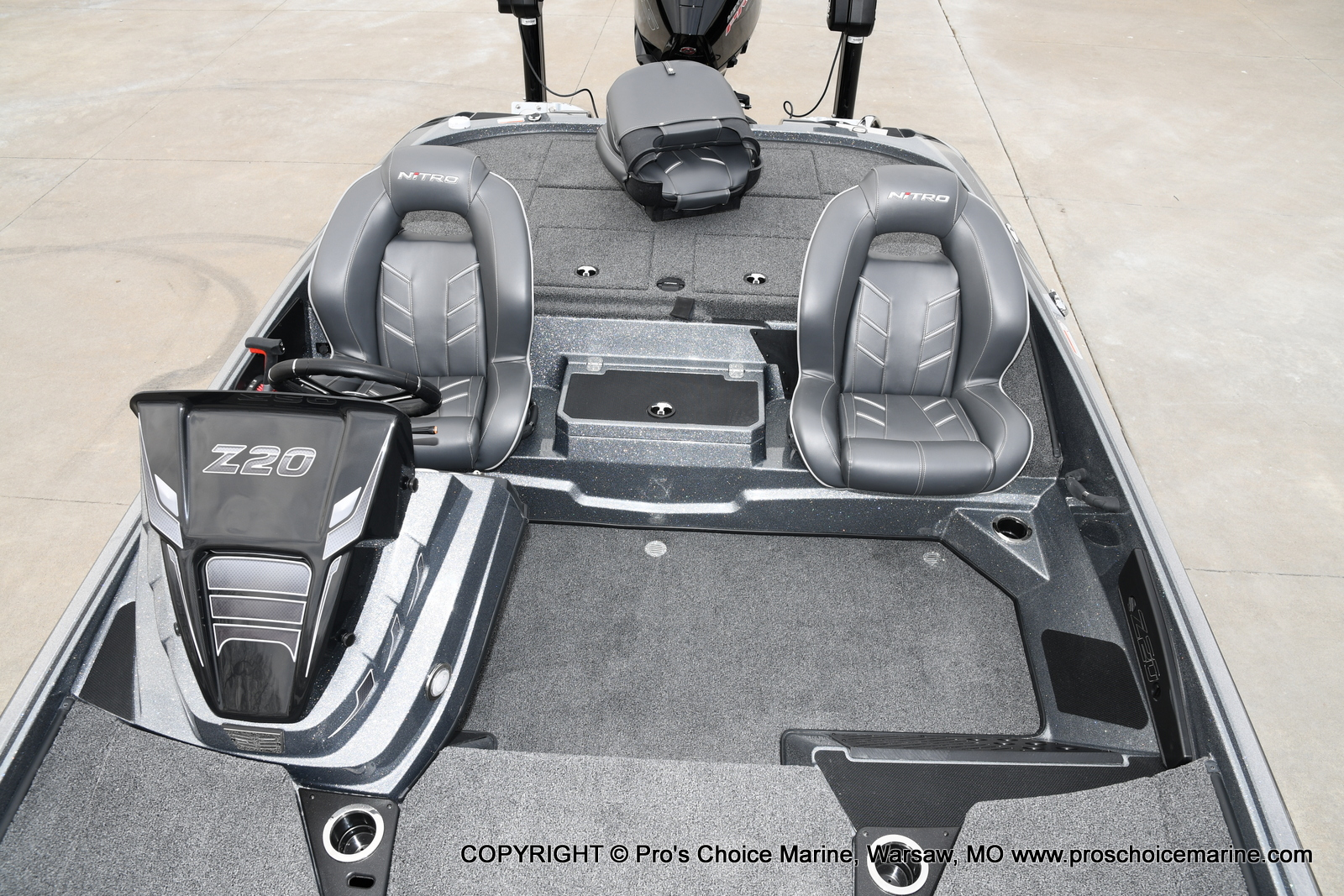 2020 Nitro boat for sale, model of the boat is Z20 Pro Pack & Image # 8 of 50