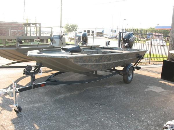 2018 Tracker Boats boat for sale, model of the boat is GRIZZLY® 1654 T Sportsman & Image # 1 of 4