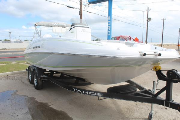 2020 Tahoe boat for sale, model of the boat is 2150 CC & Image # 3 of 17