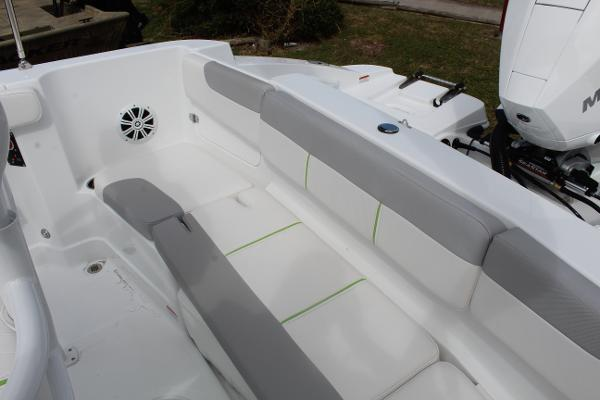 2020 Tahoe boat for sale, model of the boat is 2150 CC & Image # 15 of 17