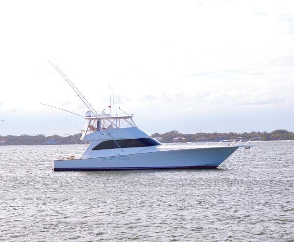 2007 64' Viking 64 Convertible