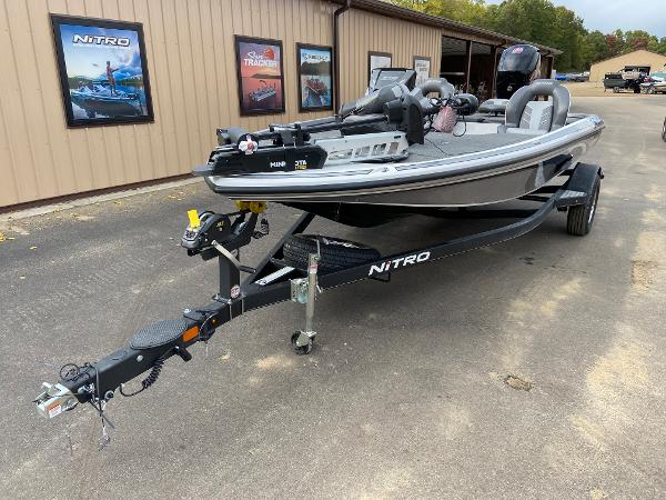 2021 Nitro boat for sale, model of the boat is Z18 Pro & Image # 2 of 19