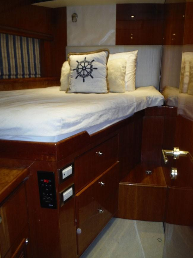 Port Double Cabin