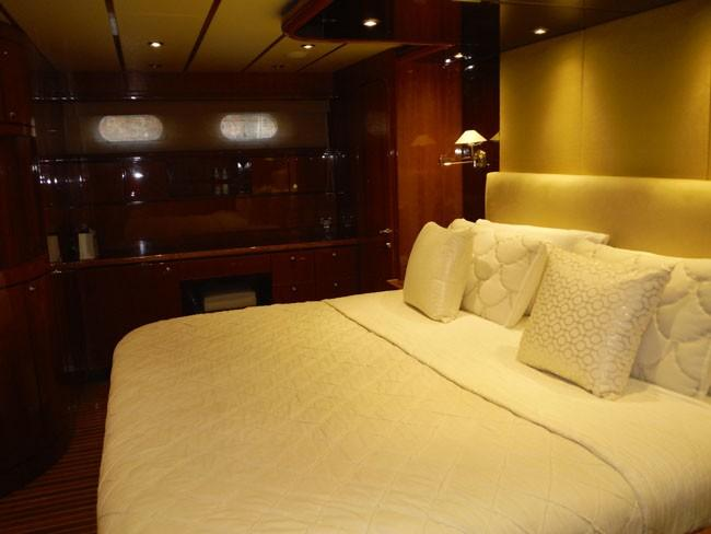 Master Cabin Looking to Starboard