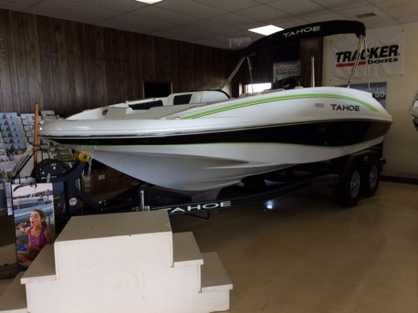 tahoe boats for sale in indiana page 1 of 3 boat buys. Black Bedroom Furniture Sets. Home Design Ideas
