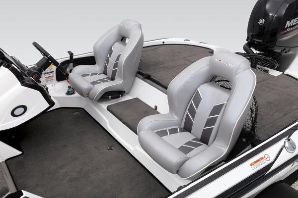 2019 Nitro boat for sale, model of the boat is Z18 & Image # 39 of 61