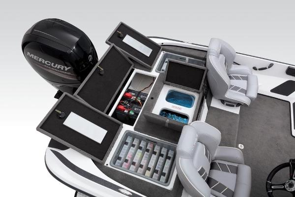 2019 Nitro boat for sale, model of the boat is Z18 & Image # 53 of 61