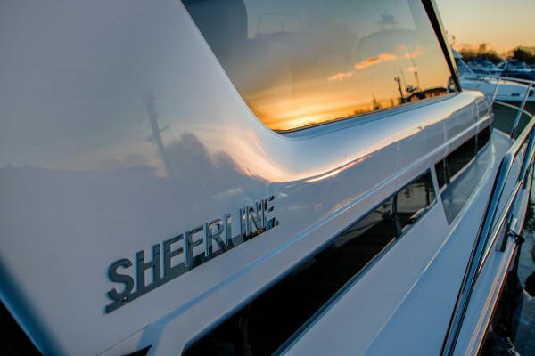 2016 Sheerline 1090 Hard Top