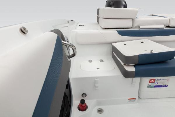 2019 Tahoe boat for sale, model of the boat is 550 TS & Image # 36 of 57