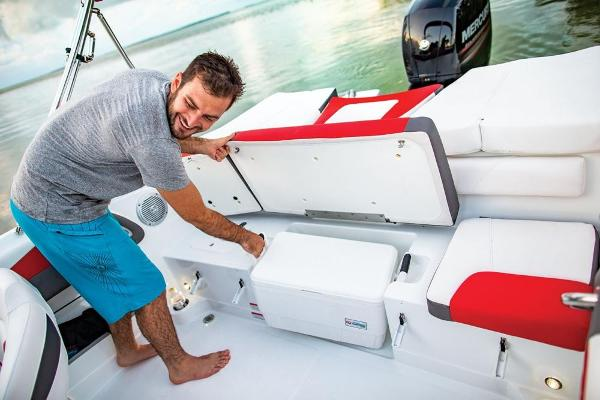 2019 Tahoe boat for sale, model of the boat is 550 TS & Image # 53 of 57