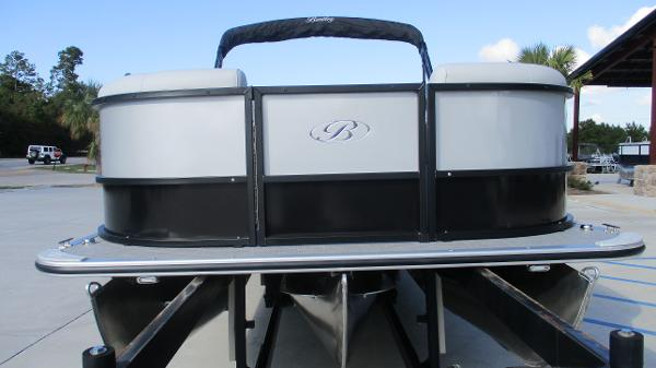 2021 Bentley boat for sale, model of the boat is 243 Fish-N-Cruise & Image # 7 of 60