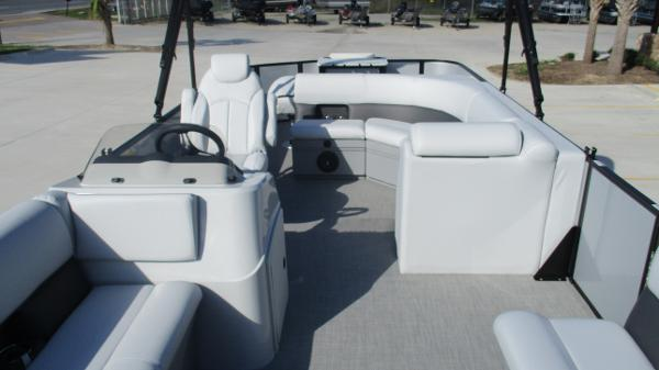 2021 Bentley boat for sale, model of the boat is 243 Fish-N-Cruise & Image # 11 of 60