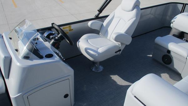 2021 Bentley boat for sale, model of the boat is 243 Fish-N-Cruise & Image # 14 of 60
