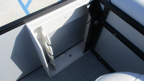 2021 Bentley boat for sale, model of the boat is 243 Fish-N-Cruise & Image # 20 of 60
