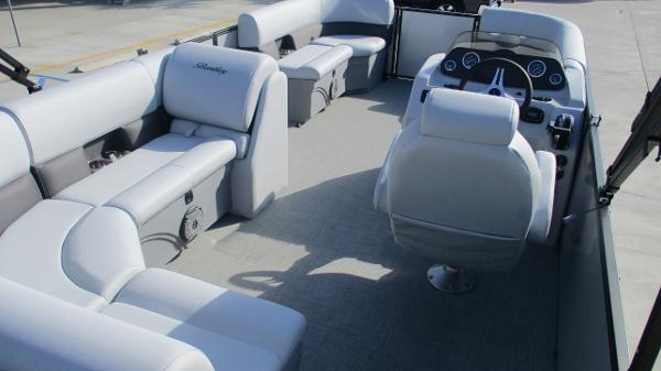 2021 Bentley boat for sale, model of the boat is 243 Fish-N-Cruise & Image # 24 of 60