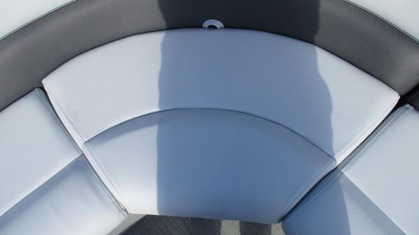 2021 Bentley boat for sale, model of the boat is 243 Fish-N-Cruise & Image # 28 of 60
