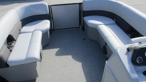 2021 Bentley boat for sale, model of the boat is 243 Fish-N-Cruise & Image # 42 of 60
