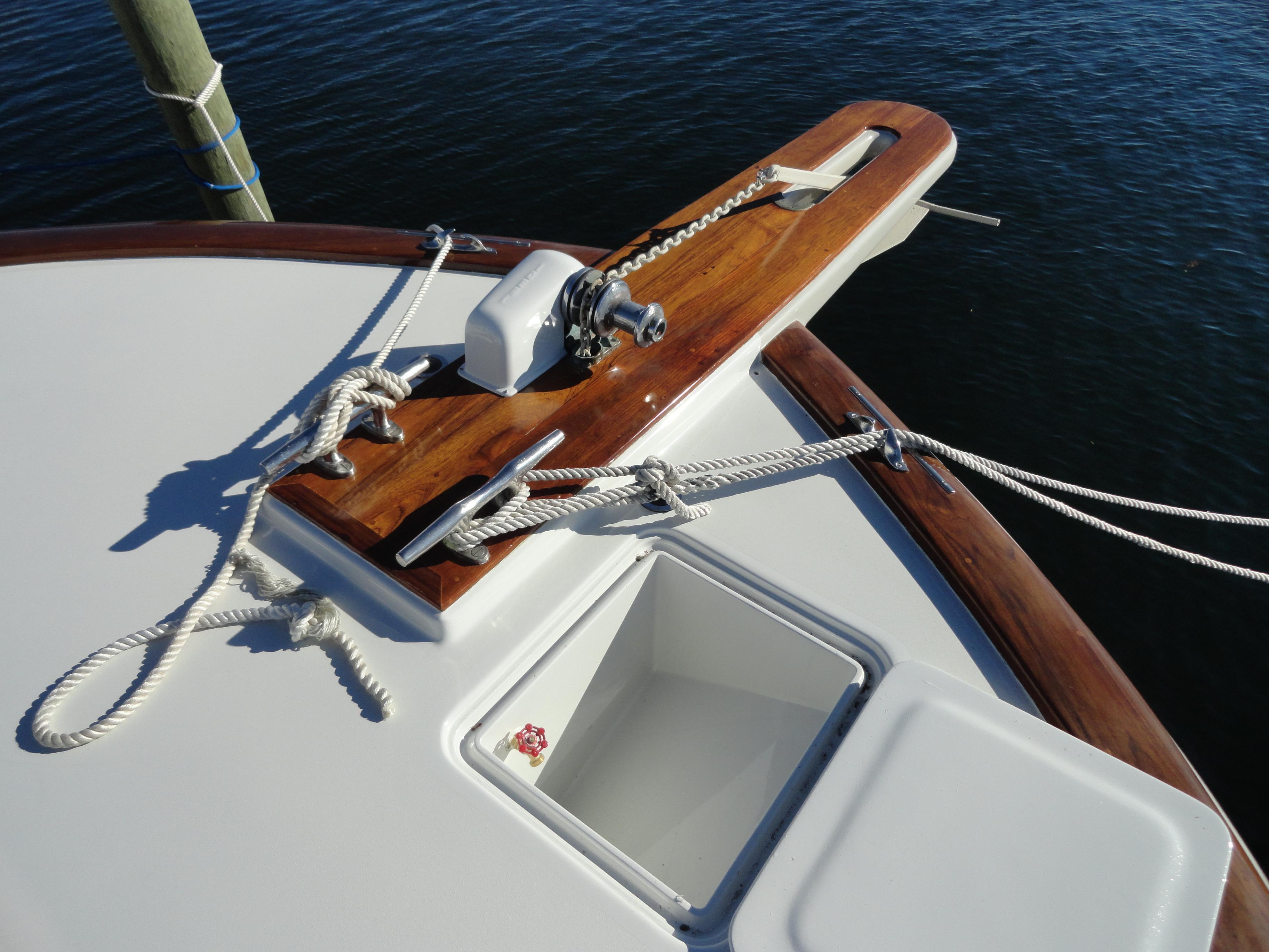 Tiffany 56 Sportfish Windlass