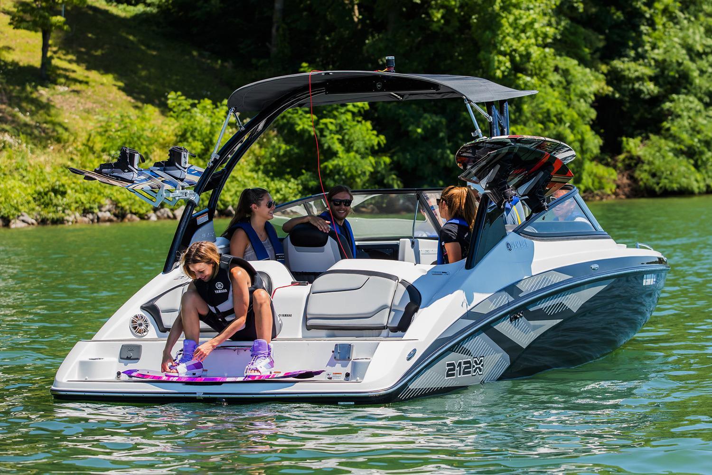 Yamaha Boats212X