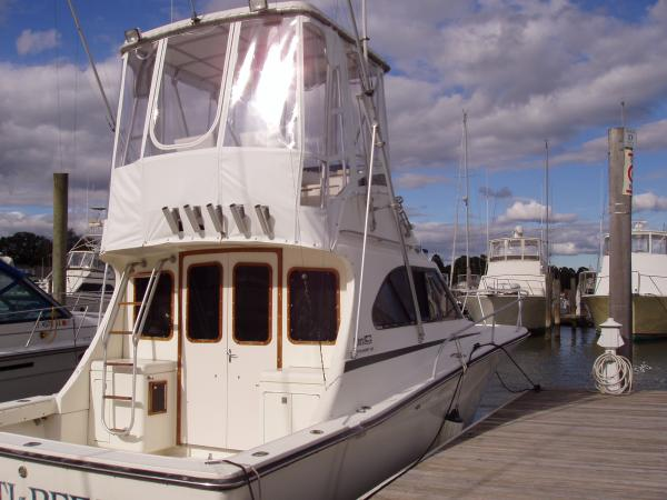 Luhrs Tournament 32 Convertible Boats. Listing Number: M-945815