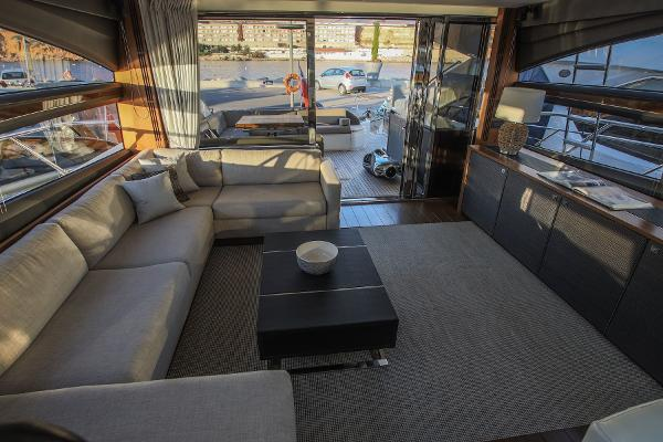 Princess Motor Yacht Sales - Used Princess V72