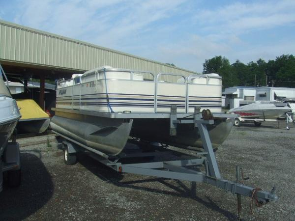 1999 SYLVAN ELITE 818 for sale