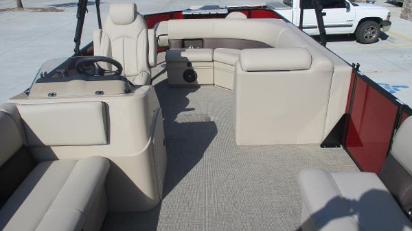 2021 Bentley boat for sale, model of the boat is 243 Fish-N-Cruise & Image # 10 of 59
