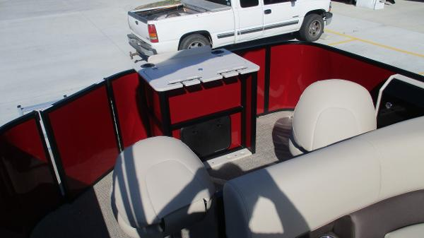 2021 Bentley boat for sale, model of the boat is 243 Fish-N-Cruise & Image # 15 of 59